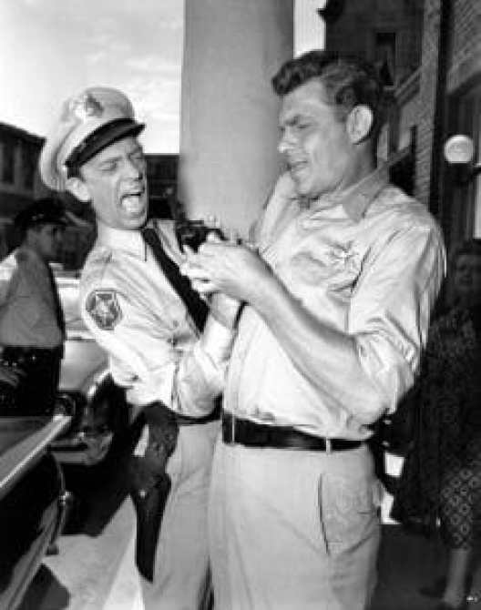 THE ANDY GRIFFITH SHOW, from left: Don Knotts, Andy Griffith, 1960-68