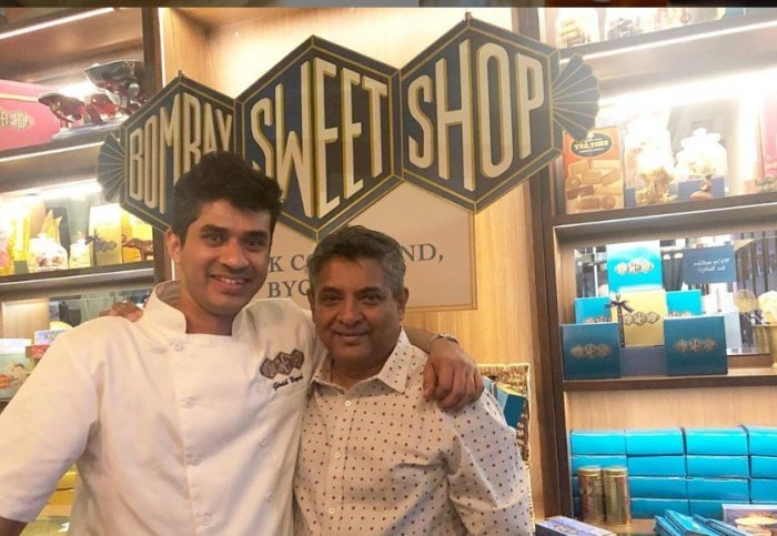 chef floyd cardoz at restaurant