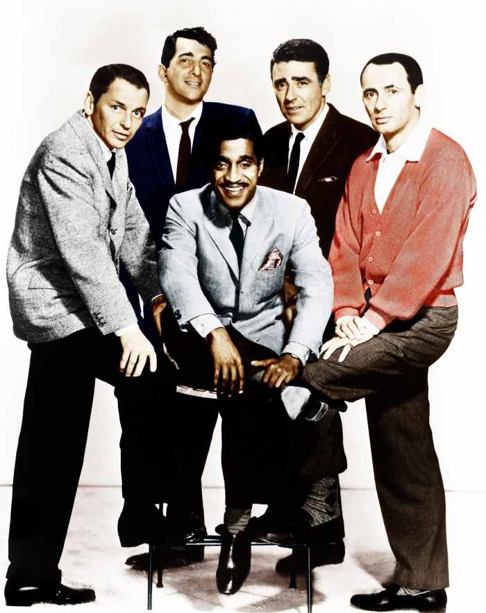 OCEAN'S ELEVEN, (aka OCEAN'S 11), from left: Frank Sinatra, Dean Martin, Sammy Davis Jr., Peter Lawford, Joey Bishop, 1960