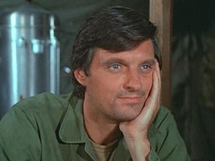 hawkeye pierce alan alda M*A*S*H