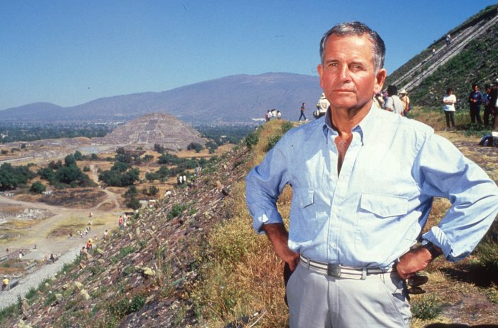 ian holm on a movie set in the 1980s