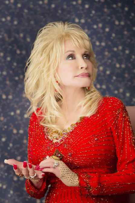 A COUNTRY CHRISTMAS STORY, Dolly Parton, 2013