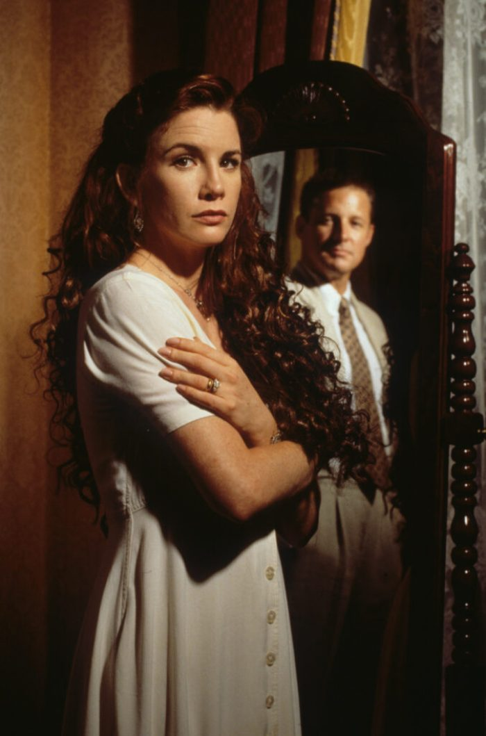 melissa-gilbert-house-of-secrets