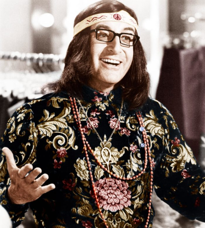 peter-sellers-in-love-beads