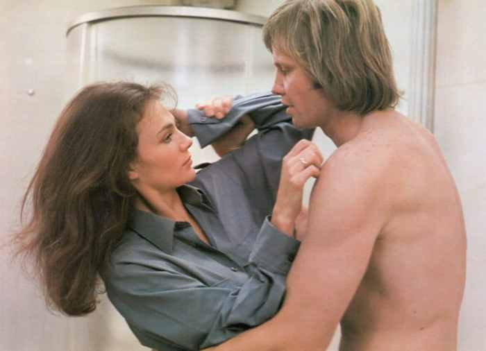 jacqueline-bisset-jon-voight-end-of-the-game