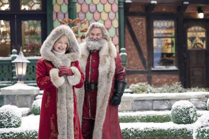 santa and mrs clause the christmas chronicles 2