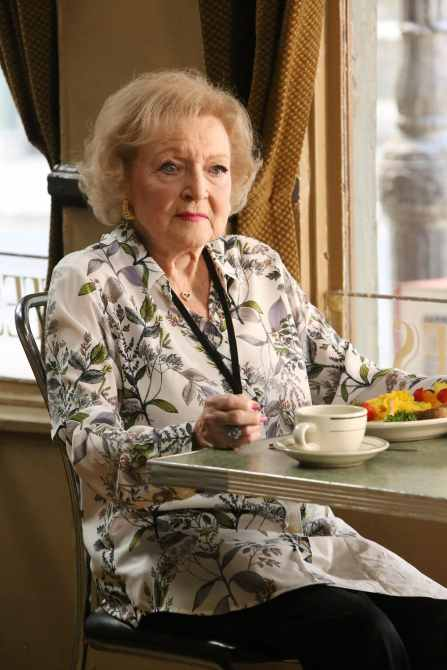 BONES, Betty White, 'The Final Chapter: The Radioactive Panthers in the Party'
