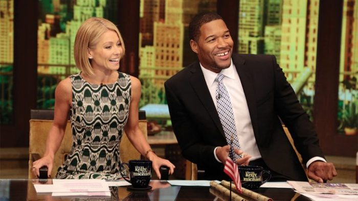 michael strahan puts kelly ripa on blast