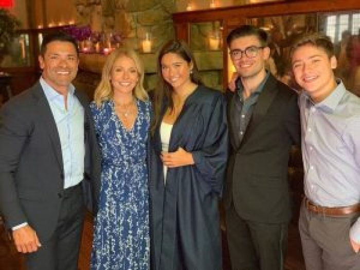 As their youngest starts college, Consuelos and Ripa become empty nesters