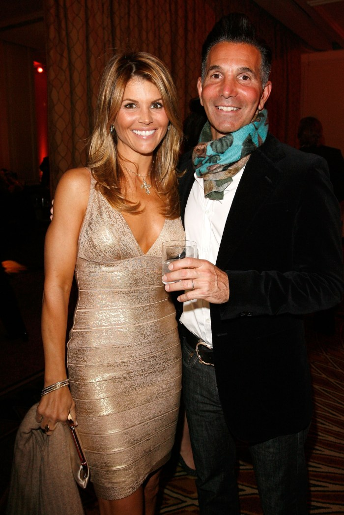 lori loughlin husband