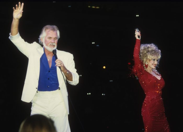 kenny rogers performing with dolly parton