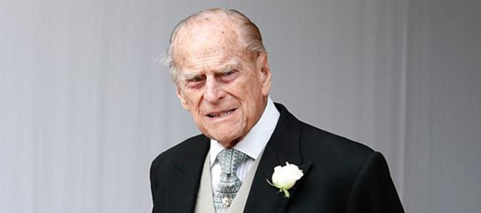 why prince philip prefers to stay away from queen elizabeth ii