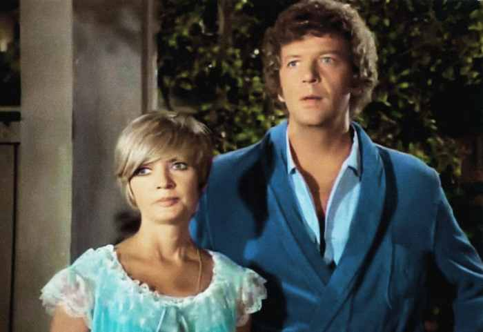 THE BRADY BUNCH, (from left): Florence Henderson, Robert Reed, 1969-1974
