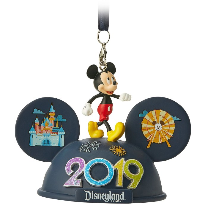 disney 2019 ornament