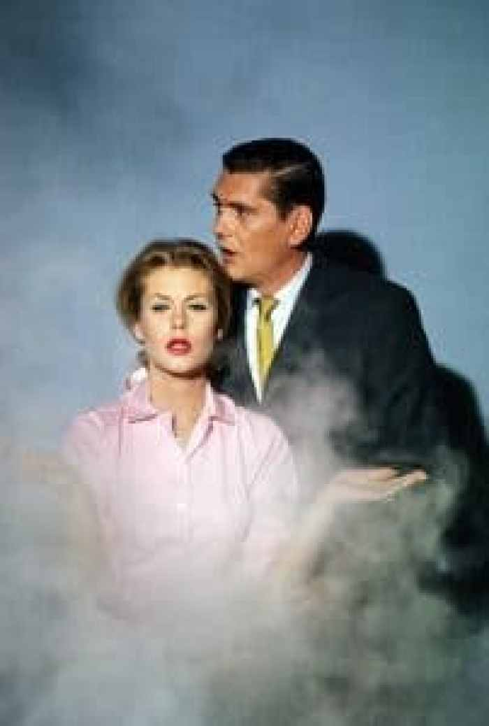 Elizabeth Montgomery and Dick York on Bewitched