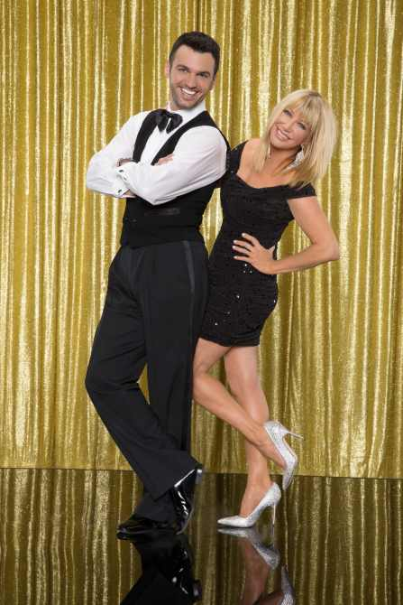 DANCING WITH THE STARS, (from left): dance partners Tony Dovolani, Suzanne Somers