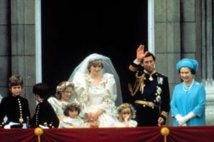Queen Elizabeth attends the wedding of Prince Charles and Princess Diana