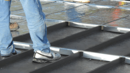 sub-purlins create a cavity in which to place polyiso insulation board