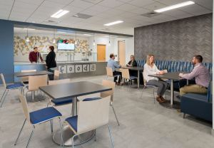 In the cafeteria, Fooda provides a mix of lunch choices from local restaurants.