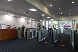 The Speedlane Swing turnstiles are known for it slim cabinets and responsive LED lighting system, which turns on when users approach and shows where to present their badge.