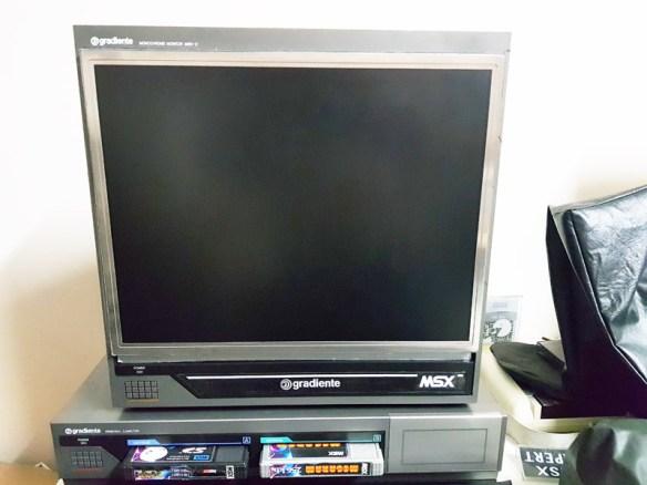 casemod-gradiente-mbw-12-samsung-510n-3 Casemod Monitor  Mbw-12 Gradiente com Monitor Samsung 510N