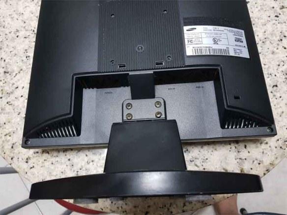 samsung-510n-back Casemod Monitor  Mbw-12 Gradiente com Monitor Samsung 510N