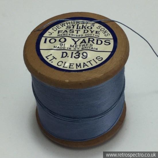 Sylko wooden cotton reel D.139 Light Clematis