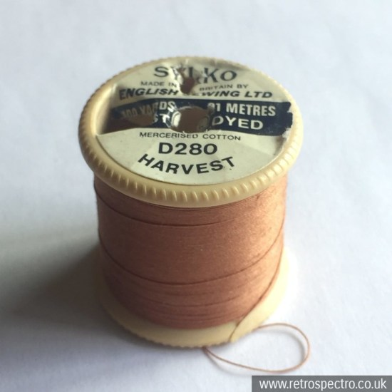 Sylko plastic cotton reel D280 Harvest