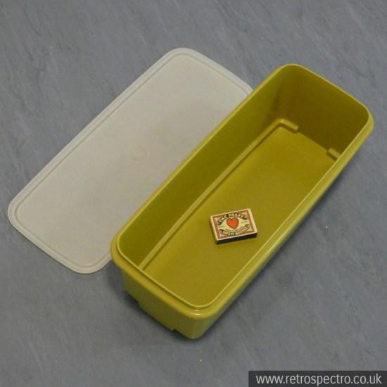Green Tupperware box 782-10