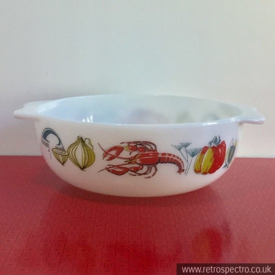 JAJ Pyrex Lobster 3 pint easy grip casserole