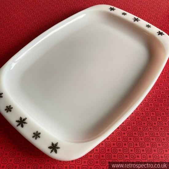 JAJ Pyrex Snowflake Gaiety Platter