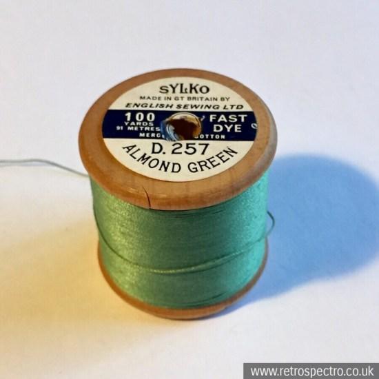 Sylko cotton reel D.257 Almond Green