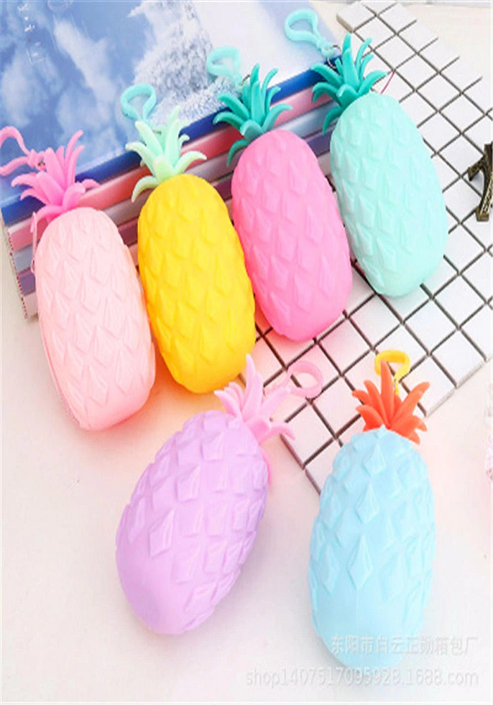 pine apple silicone pouch