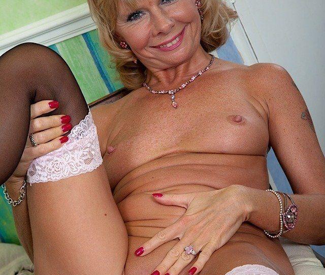 Sluts Deepthroat Dick  C2 B7 Best Of Porn Older Women Nude