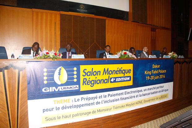 """""""Le volume financier traité par GIM-UEMOA au Sénégal est de 217 milliards de francs CFA."""" Blaise Ahouantchédé"""