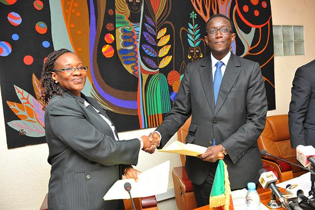 Fatou Bintou Djibo, Représentante-résidente du PNUD au Sénégal et Amadou Bâ, Ministre de l'Economie et des Finances