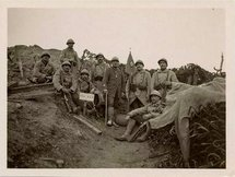 Hommes dans une tranchée à Craonne