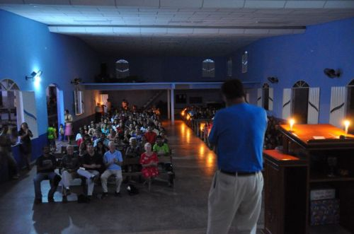 Even a power outage didn't stop John from playing his harmonica at Central church in Monte Alegre