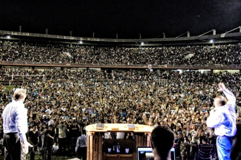 Congresso da Paz 2012, where over a thousand people gave their lives to the Lord!