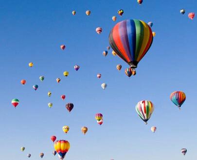 Aufsteigende Ballons für Strategie