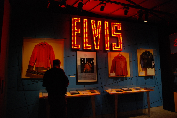 Elvis display