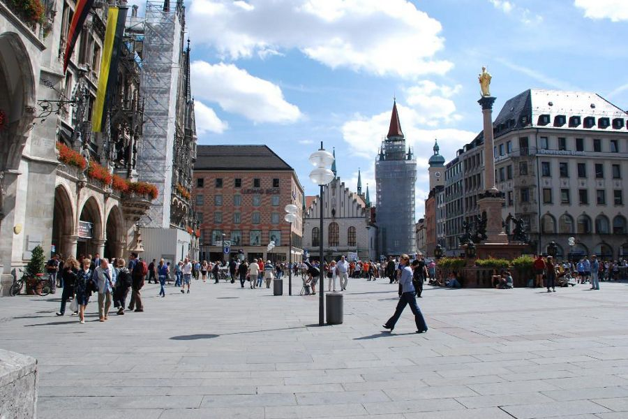 Go see Marienplatz during 24 hours in Munich Germany.