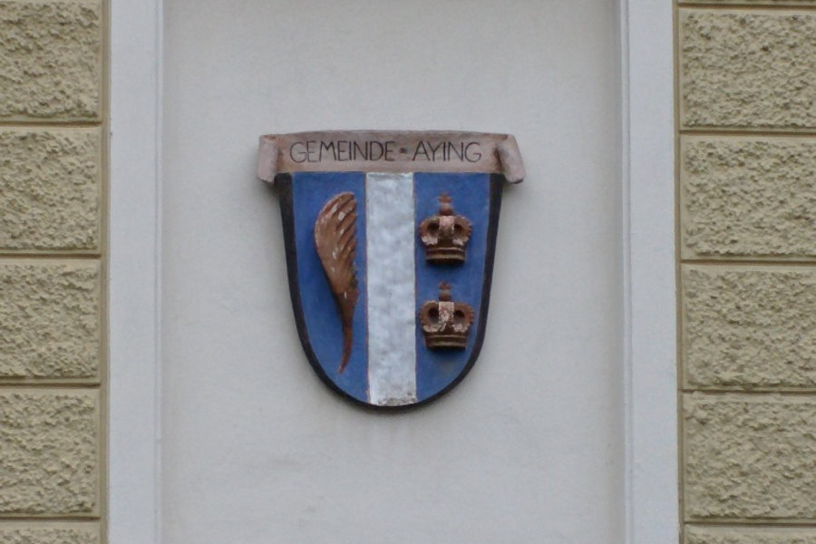 The Aying community crest.