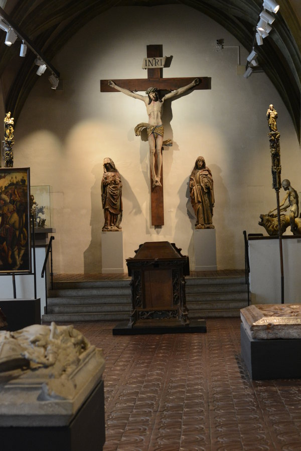 Crucifix room in Bayerisches Nationalmuseum.