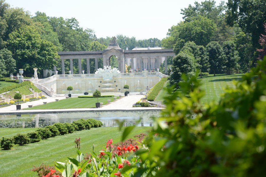 Looking for great day trips from Philadelphia? Nemours Mansion & Garden in Wilmington, DE is a great place to start!