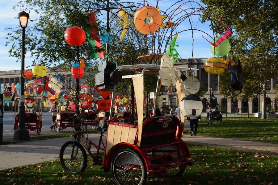 Cai Guo-Qiang: Fireflies pedicab in Philadelphia.