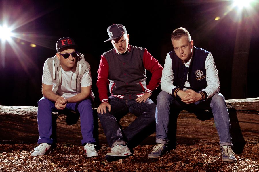 Learn German with the music of the legendary Hamburg hip hop trio Fettes Brot.