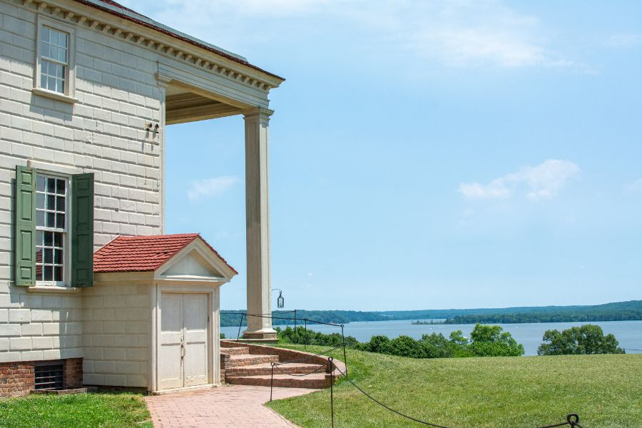 A view of the Potomac River from the back of Mount Vernon.