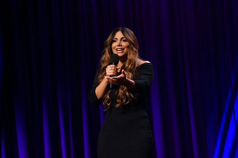 German comedian Enissa Amani stars in a Netflix comedy special.