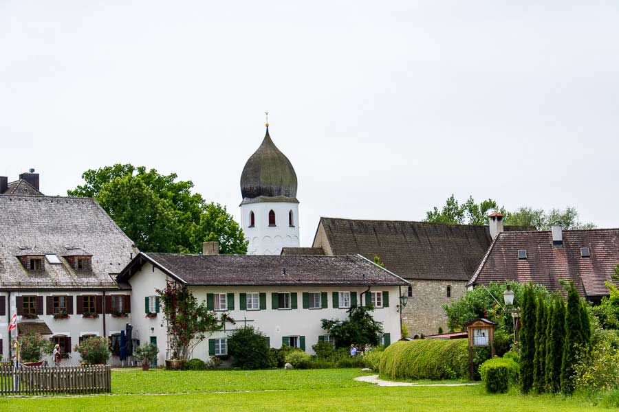 A collection of buildings in the small Bavarian island town of Fraueninsel.